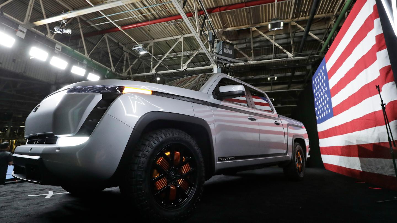 La production complète des camionnettes Endurance devrait commencer en septembre 2021 dans l'ancienne usine d'assemblage de General Motors près de Youngstown, que Lordstown Motors a achetée en 2019. La société a repris l'usine après que GM ait mis fin à plus de 50 ans de fabrication de voitures dans l'usine. .