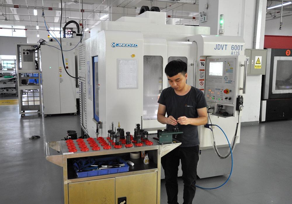 Atelier d'usinage CNC 3
